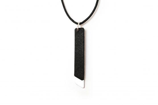 Anne Sancey, collier cuir noir 5mm