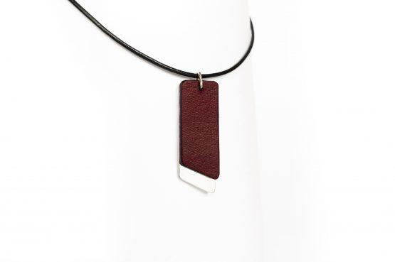 Anne Sancey, collier cuir acajou 10mm