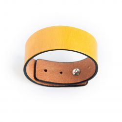 Anne Sancey, bracelet cuir jaune 25mm